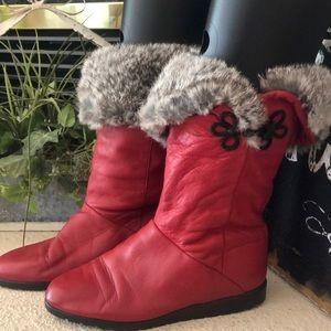 Vintage NWOT red Bastien rabbit fur boots